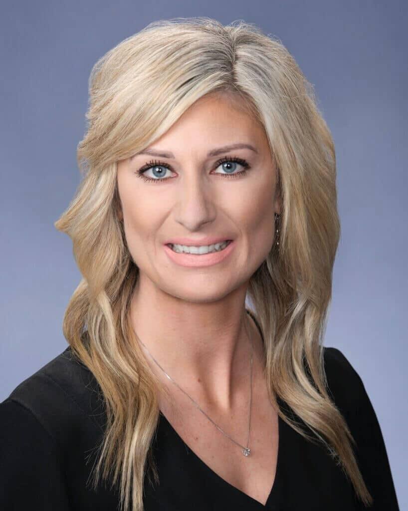 Kerri Dixon - Tax Associate